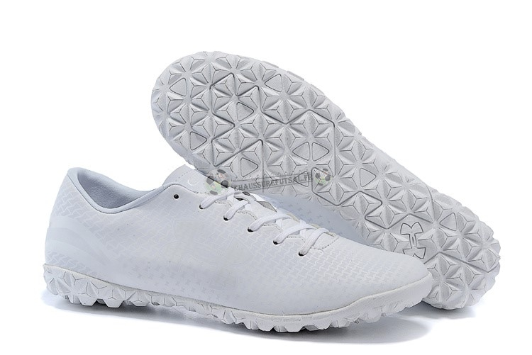 Under Armour Clutchfit Force TF Blanc
